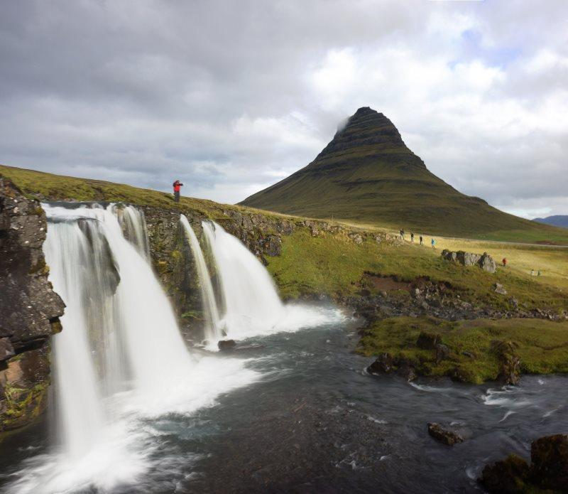 Montagne-Kirkjufell-en-Islande